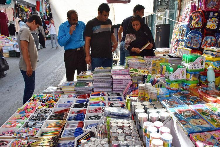 بازار گران نوشت افزار در خرم آباد